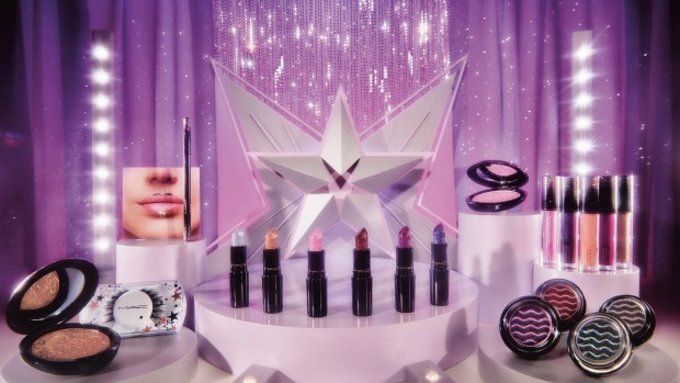 MAC Cosmetics Canada 2019 Canadian Christmas Holiday Makeup Collection Beauty Starring You - Glossense