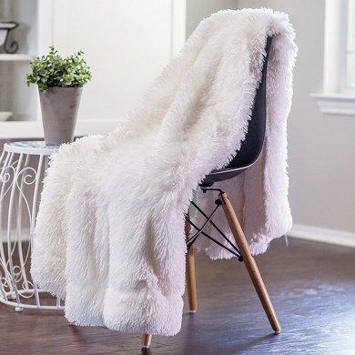 fuzzy throw blanket