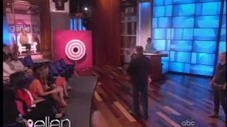 Eric Stonestreet Splashes an Audience Member Oct 10 2012