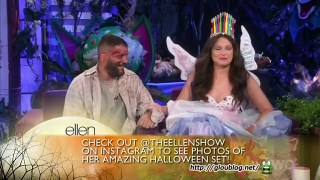 Katie Lowes & Guillermo Diaz Go To A Haunted House Oct 31 2014