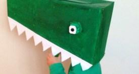 make crocodile costume, easy crocodile costume, no sewing costumes world book day