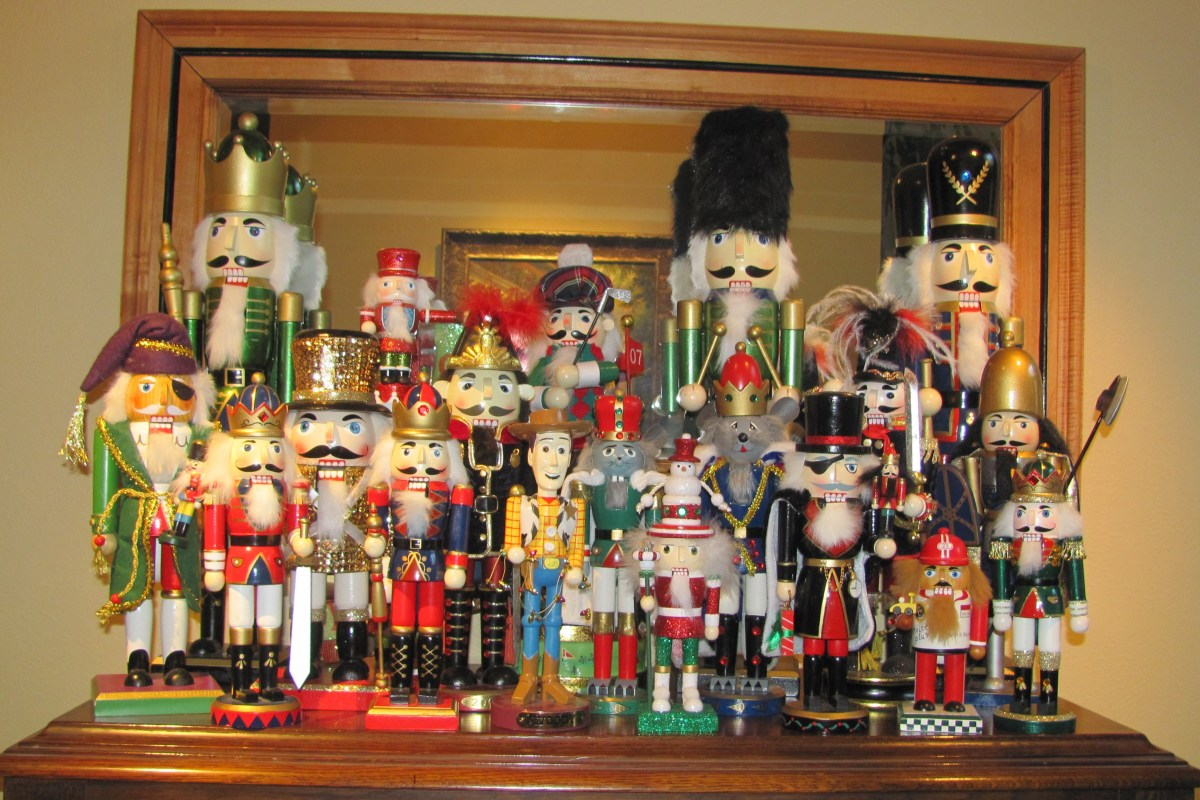 Nutcrackers are Ready to Defend2