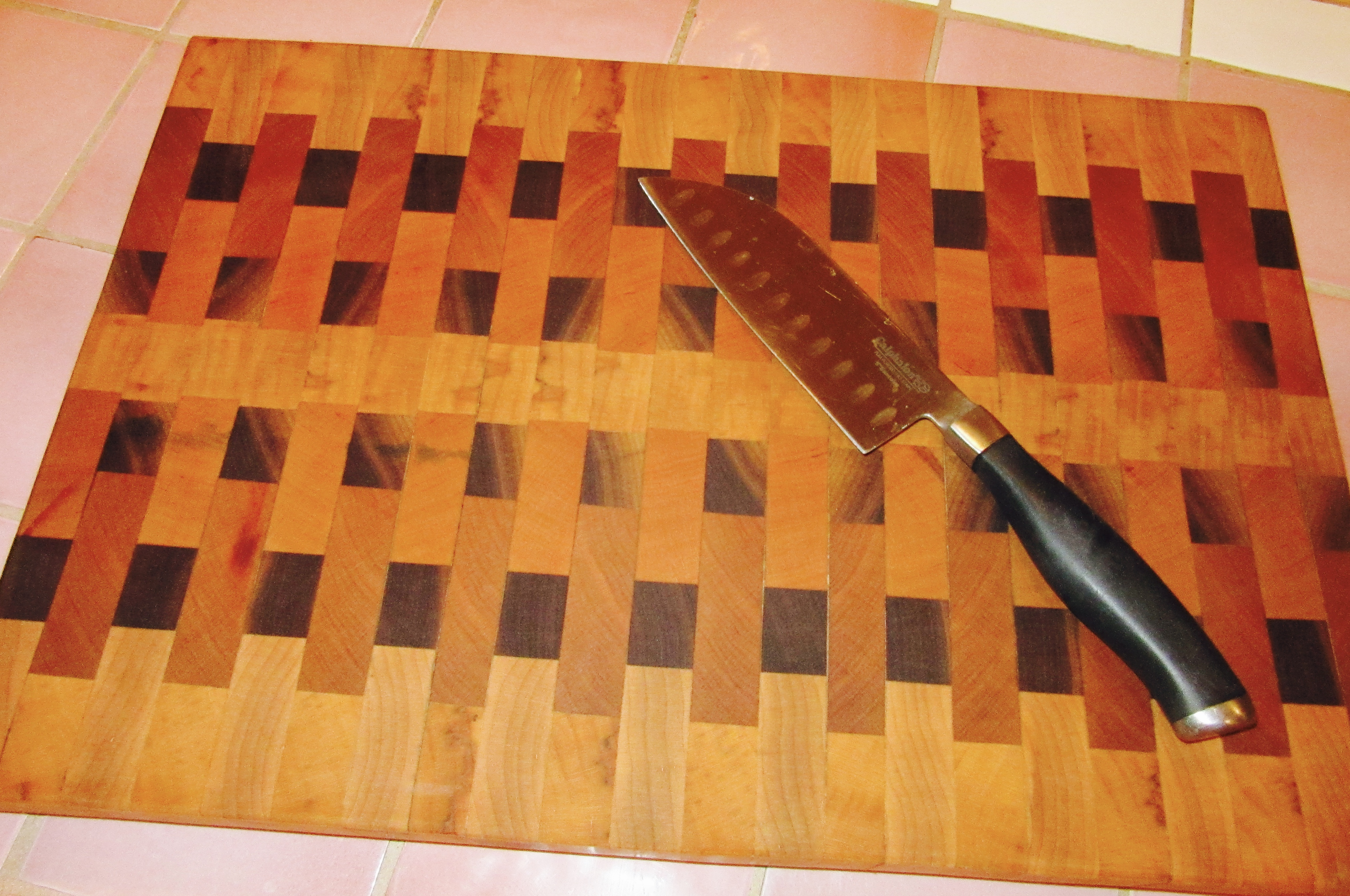 Cutting Boards:  Wood or Plastic