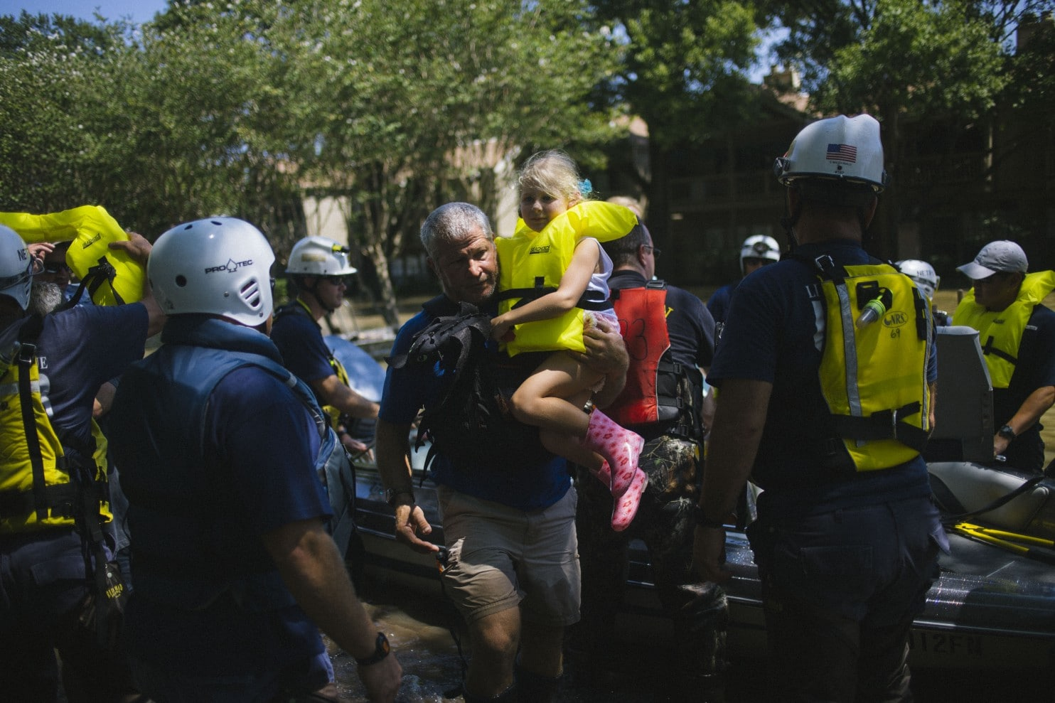 "Washington Post: ""Texans' do-it-ourselves rescue effort defines Hurricane Harvey"""