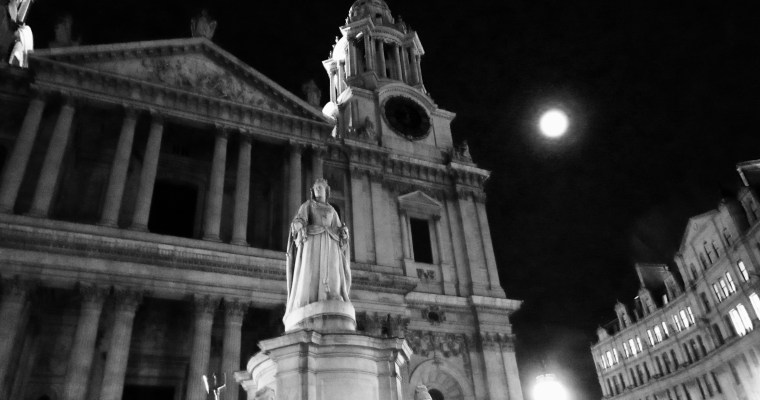 St. Paul's at Midnight, in the Moonlight – a Haiku and Some Photos