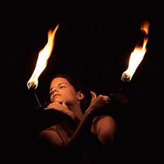 Mona-Regensburg-Feuershow