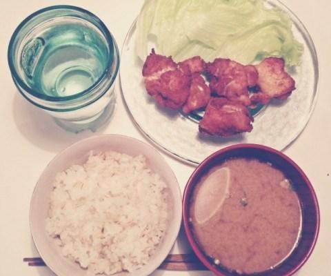今日は一人ご飯。