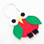 Make an adorable felt Christmas tree ornament