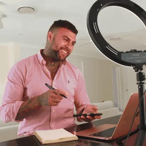 ring light for hairdressers