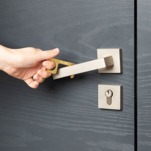 touch free tool door handle
