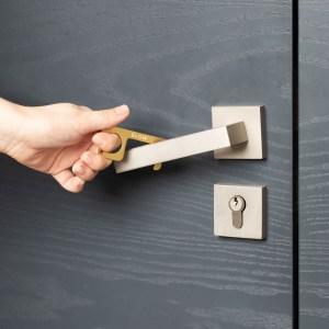 touch free tool door handle