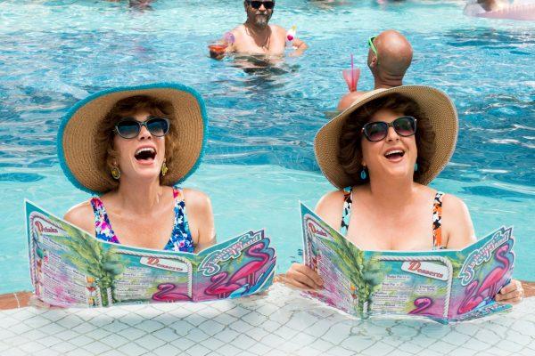 Kristen Wig Barb and Star Go to Vista Del Mar.