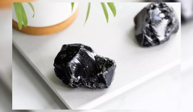 black obsidian stone thumbnail