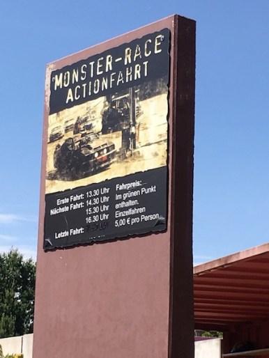 Monsterpark-Amphibienfahrzeug