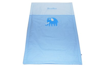 Baby Kuscheldecke mit Elefant hellblau und Namen bestickt