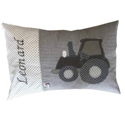 Namenskissen mit Traktor grau bestickt mit Namen