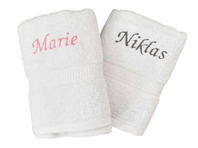 Sehen Sie Sich hier unser besticktes Handtuch mit Namen in vielen Schrittfarben an.