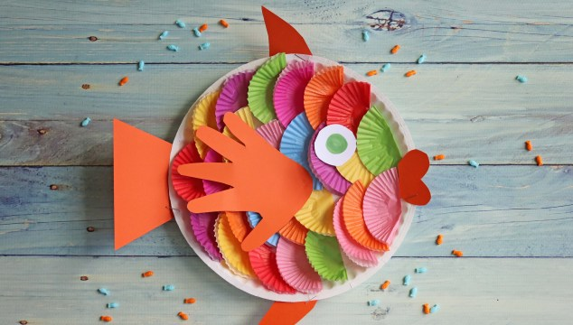 Cupcake Liner Fish – Kid Craft