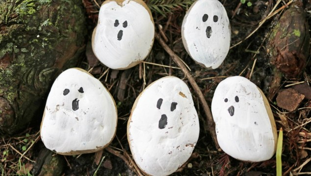 Ghost Rock Painting – Kid Craft