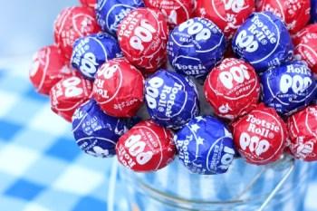 Craft: Patriotic Lollipop Centerpiece