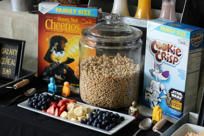 Who doesn't love Stars Movie AND pajamas, AND breakfast? Combine all 3 with a fun Star Wars Pajama Party! Star Wars™themed cereals, treats, fresh fruit, and yogurt lightsabers make this a fun and kid-friendly event!