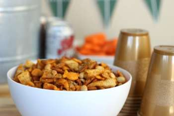 Big Game Goldfish Snack Mix