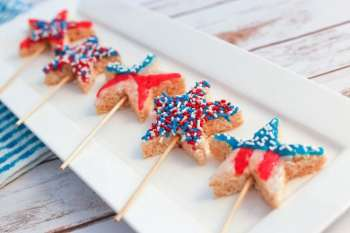 Top 5 Red, White & Blue Dessert Ideas