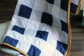 Gingham Baby Quilt Tutorial