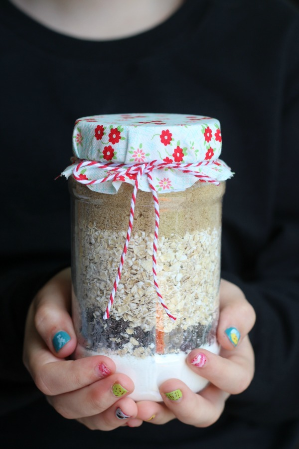 A fun young women's activity and treat all in one! Scripture cookies in a jar. Search scripture verses to find the ingredients. Pack into a jar and send home with each girl to make for her family! Would make a fun family home activity as well.