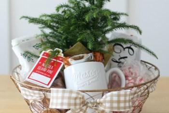 Holiday Hostess Gift Basket