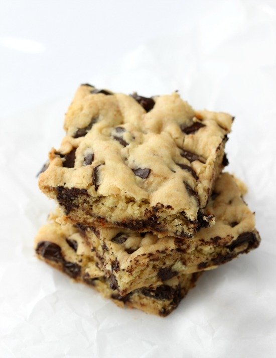 This might just be the easiest recipe for kids to bake! 1 box of cake mix, 2 eggs, 1/3 c. melted butter and 1 bag of chocolate chips. Pat in a pan and bake for 20 minutes at 350 degrees. These cookie bars are a fun spin on the traditional cake mix cookie recipe!