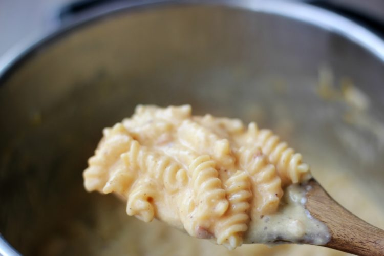 This Loaded Applewood Smoked Bacon Pork Mac & Cheese comes together in under 30 minutes!