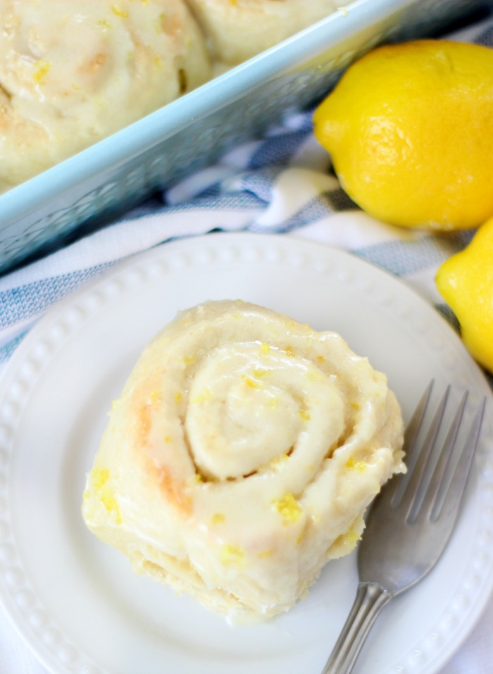 lemon sweet roll on plate