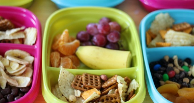 Easy-to-Pack Road Trip Snacks For the Whole Family