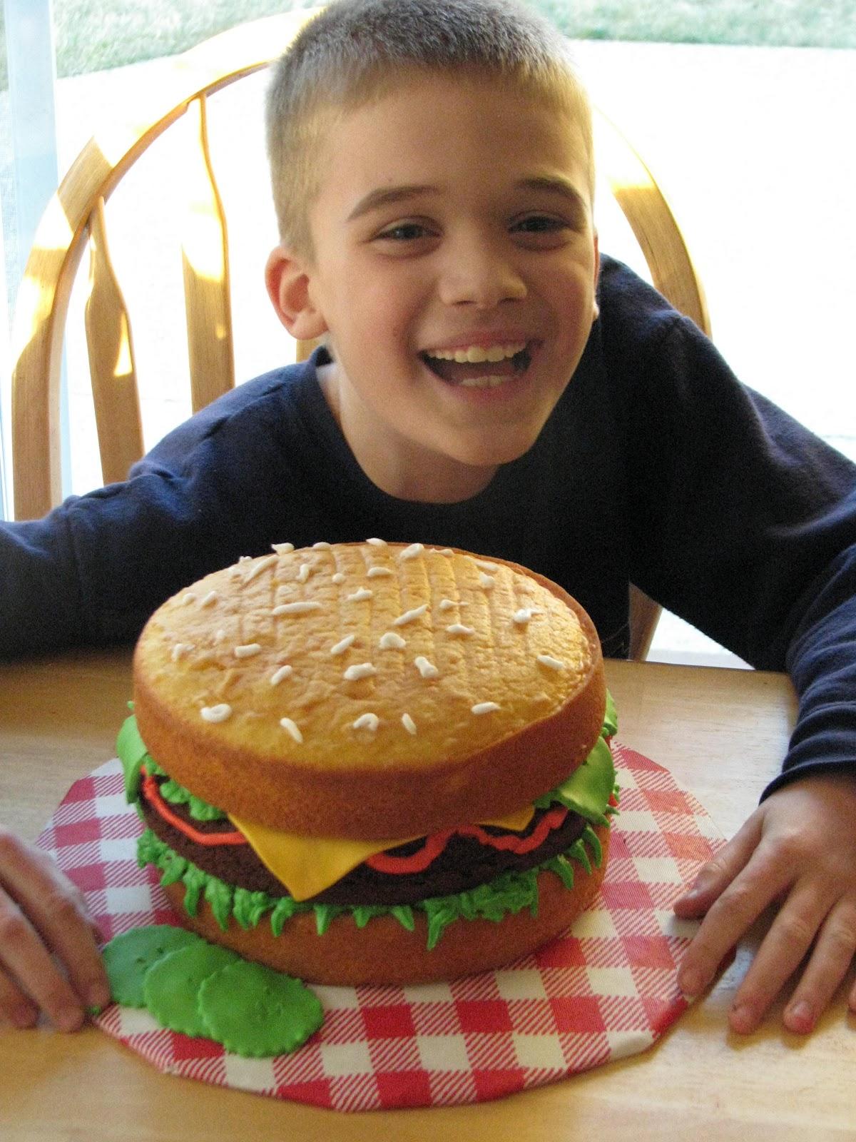 Birthday Cake That Looks Like A Hamburger