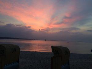 Der Himmel brennt am letzten Abend in Laboe