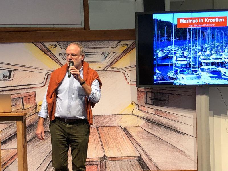 Thomas Käsbohrer auf der Bühne der Hanseboot 2017