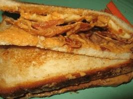 The Elvis - PB, bananas, honey and bacon
