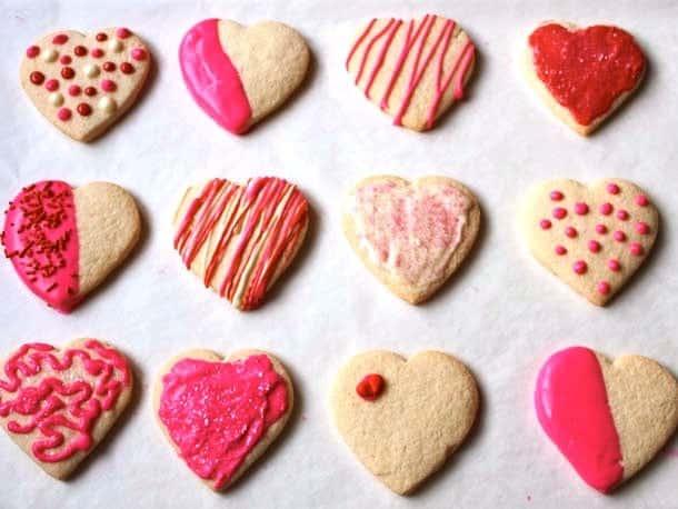 6 Easy Ways To Decorate Cookies For Valentines Day