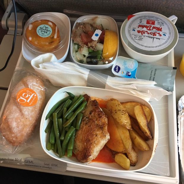 What Kind Of Food Can You Take On An Airplane