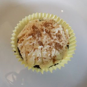 My review of 1-2-3 Gluten Free Devil's Food Chocolate Cake Mix and two recipes: Hostess-inspired and chocolate tiramisu gluten free cupcakes!