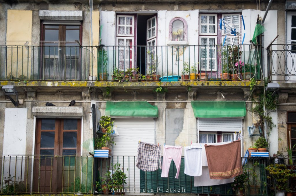 Porto_Gasse_Balkon (FILEminimizer)