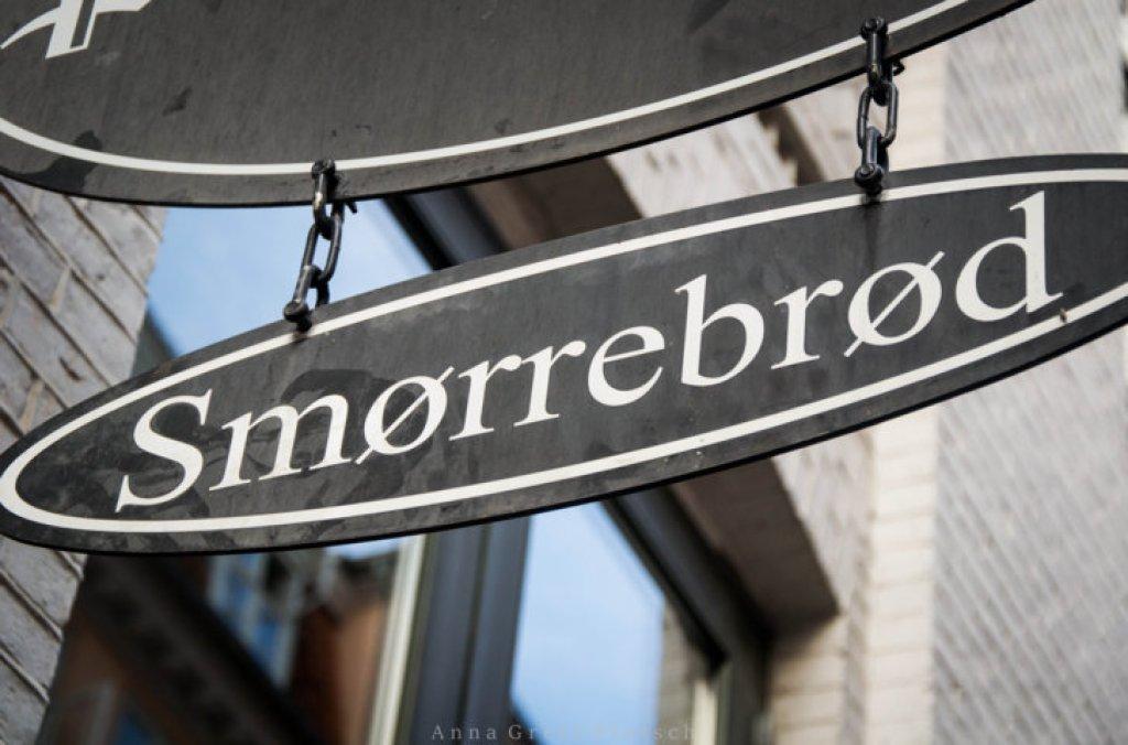 Smoerrebroed_Schild_Kopenhagen