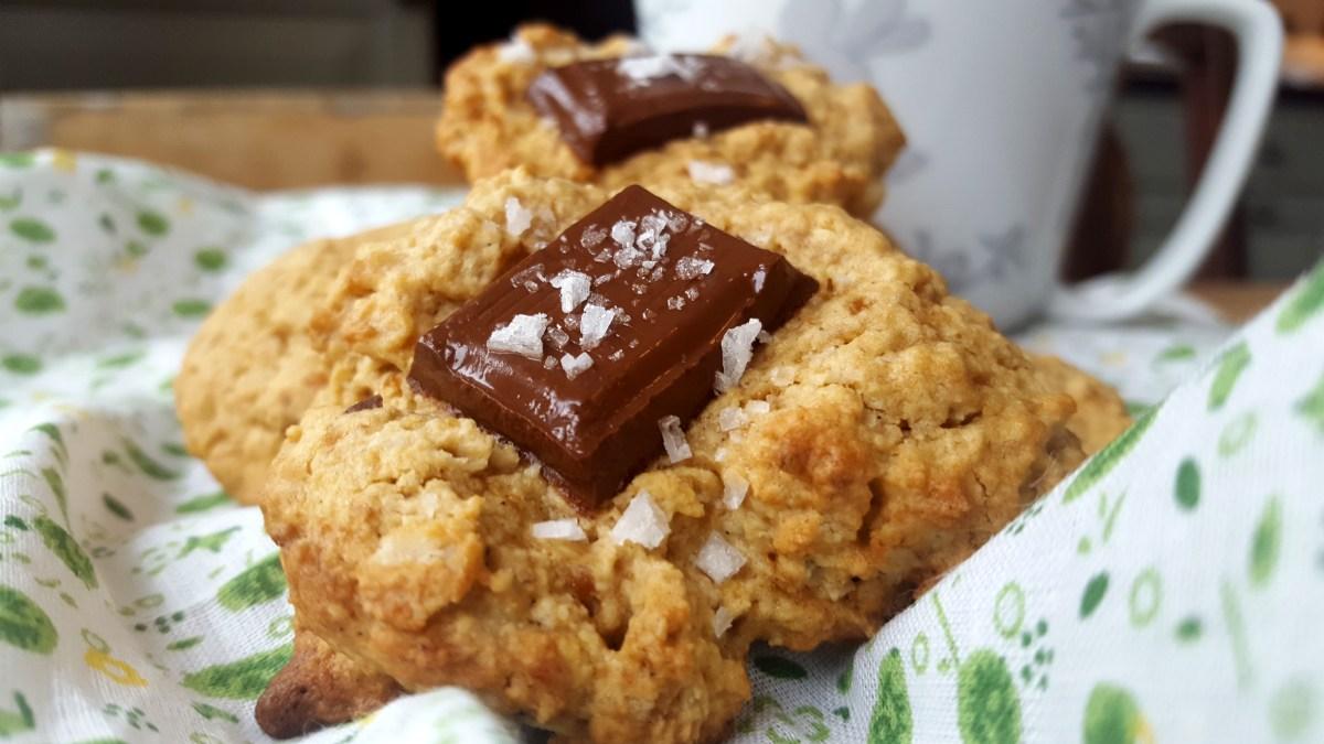 Havrekjeks med sjokolade og havsalt