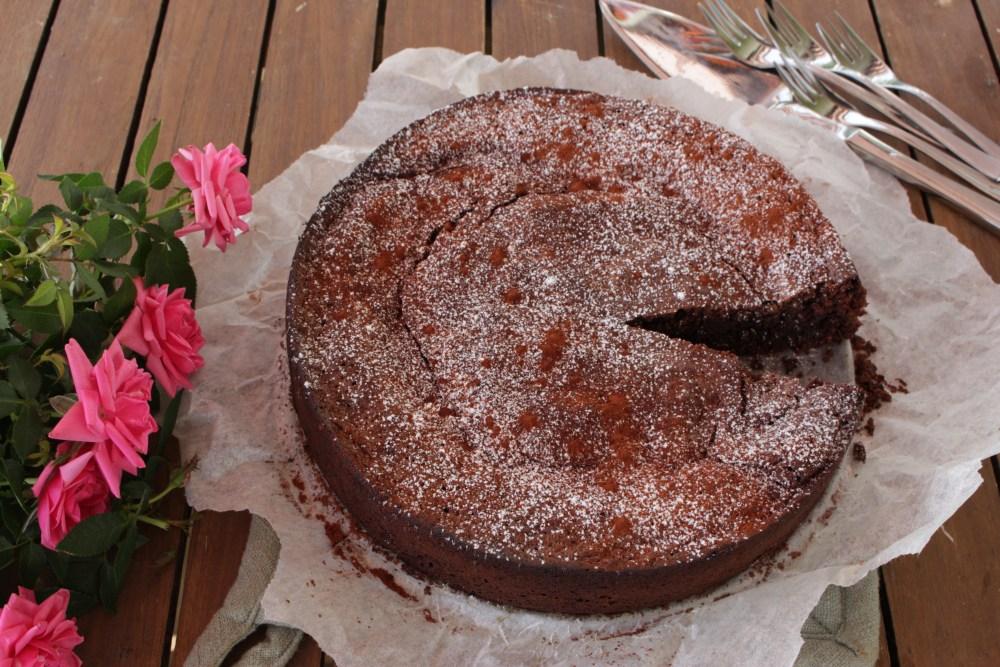 sjokoladekake og gulrotbrød 025