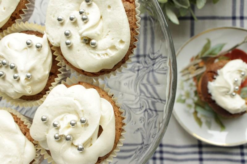 Gulrotkakemuffins uten gluten og melk