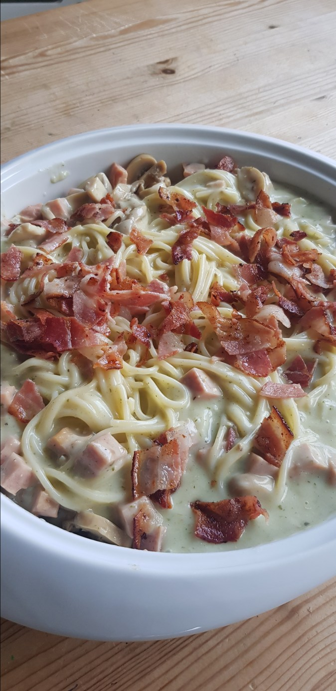 Melkefri fløtesaus til pasta