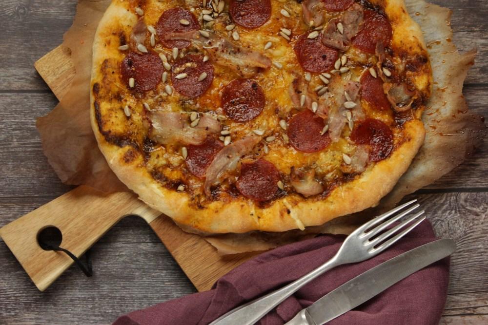pizza og gulasj 002