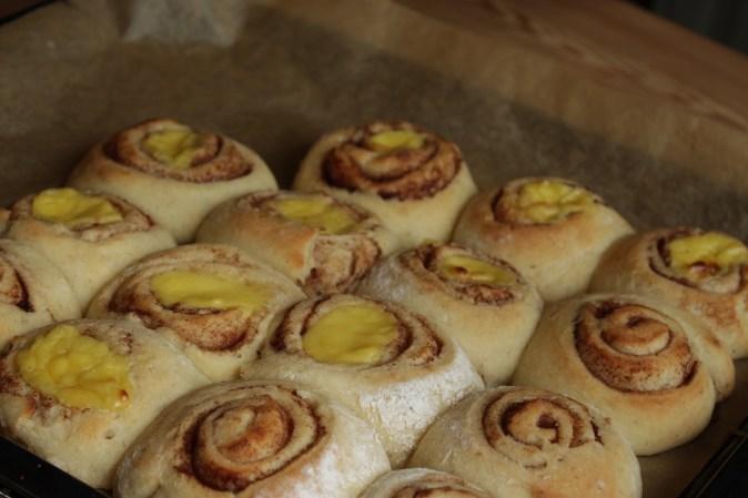 Brød og knekkebrød solskinnsboller 033