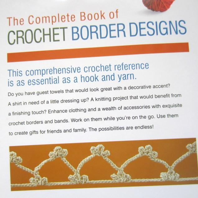 ruffle border, crochet library, granny scarf, green, shawlette 004
